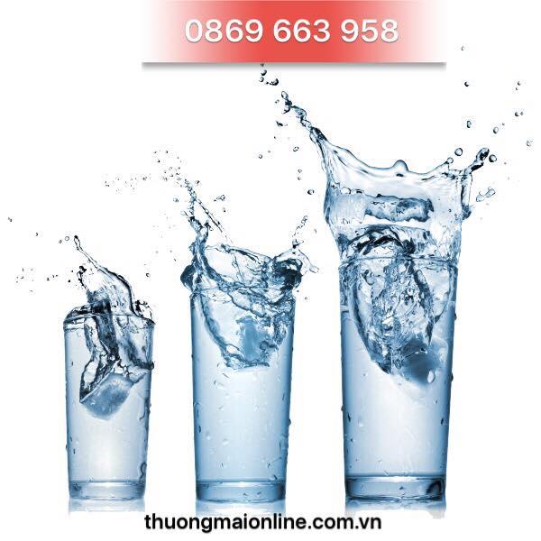 Nước - rất cần uống đủ